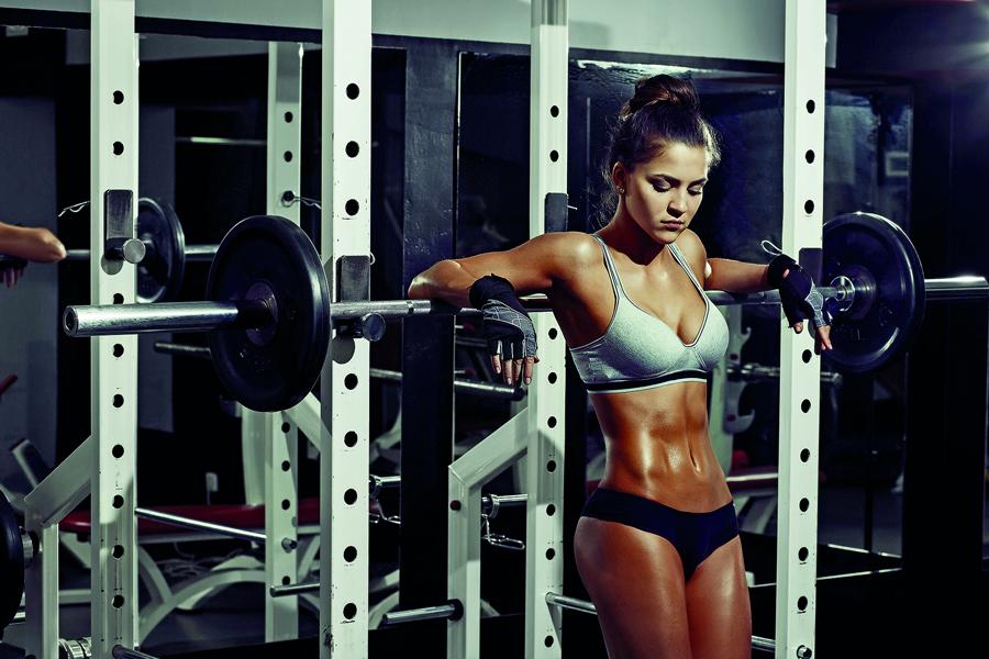 4f3fc261398 Praticar CrossFit não é para os fracos. Já imaginou fazer exercícios de  atletismo